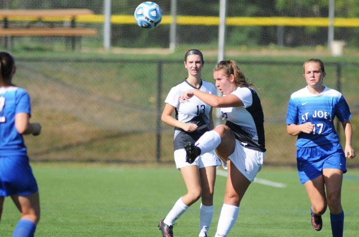 Women's Soccer: Rivier comes up short at Mount Ida; fall 4-0
