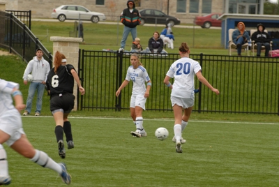 Carthage women's soccer team defeats CUW 3-1