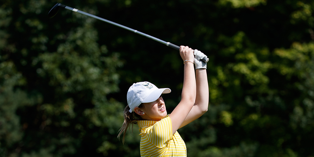 Women's Golf Improves Scores on Second Day of Mount Holyoke Invitational