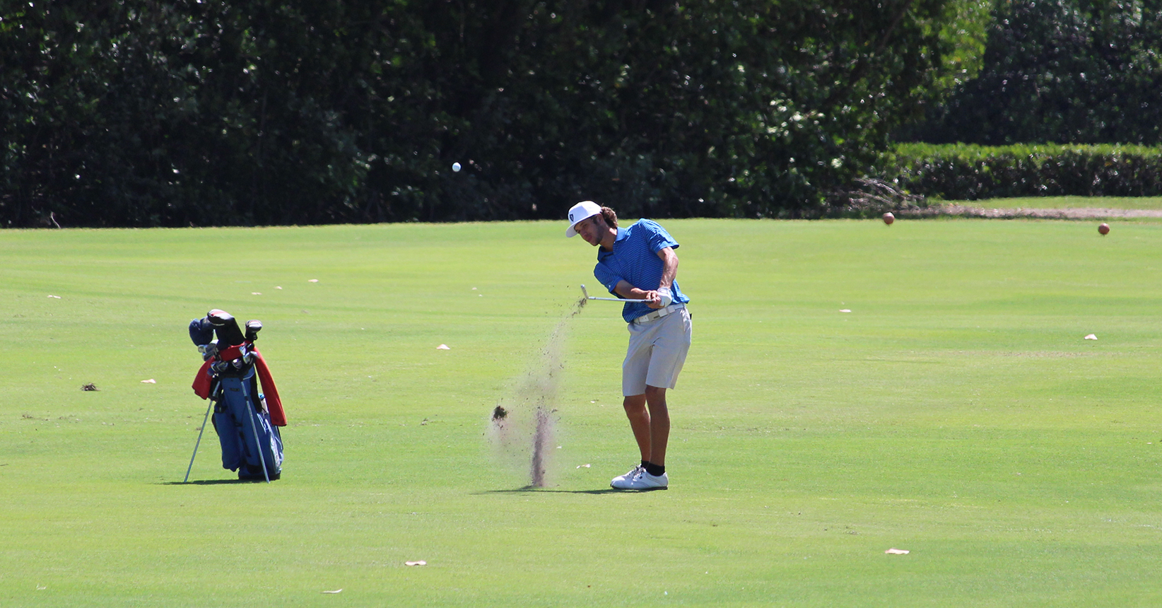Men's Golf Roars into SSC Championship Lead