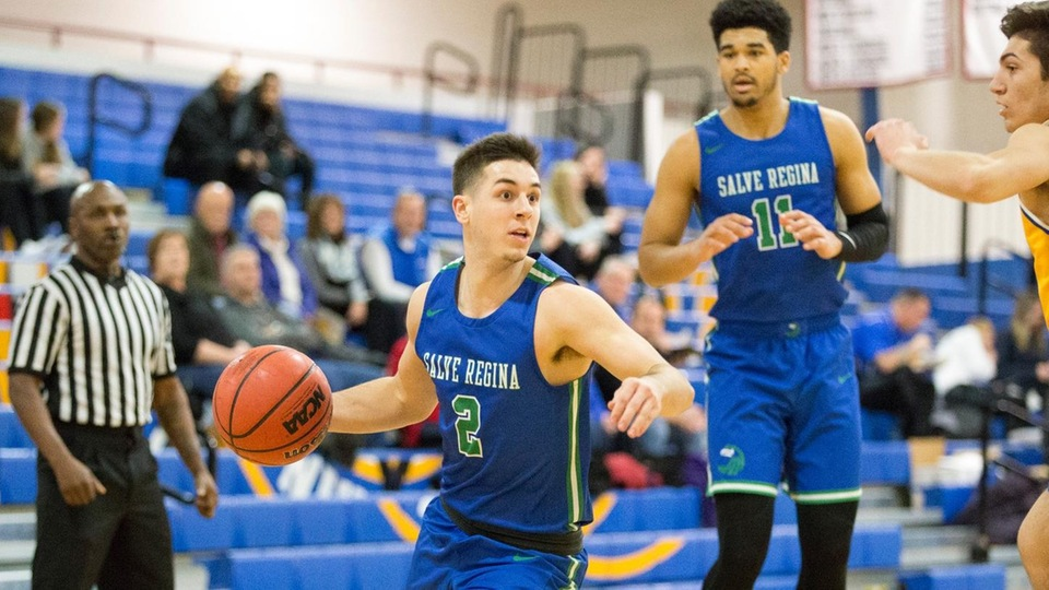 Mike Palmieri and Cameron Collins scored 15 and 16 points, respectively, for the Seahawks in a 77-70 win against the Golden Bears. (Photo by Rob McGuinness)