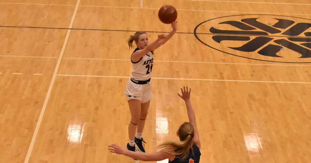 Sophomore Izzy Spruit (Mesquite HS) scored 11 of her 16 points in the first half as the Aztecs to control early to beat Eastern Arizona College 87-47. The Aztecs are 18-5 overall and 12-3 in ACCAC conference play. Photo by Ben Carbajal