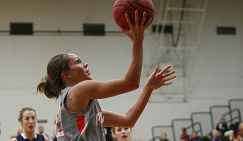 Second Half Pushes #10 Women's Basketball Past St. Olaf