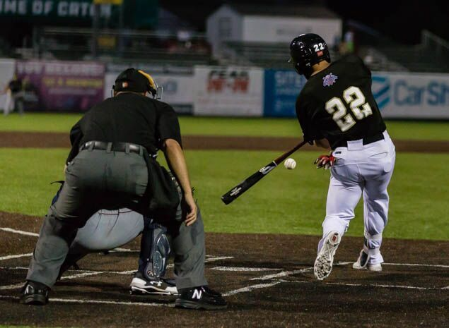 Rascals Beat Otters to Snap Losing Streak