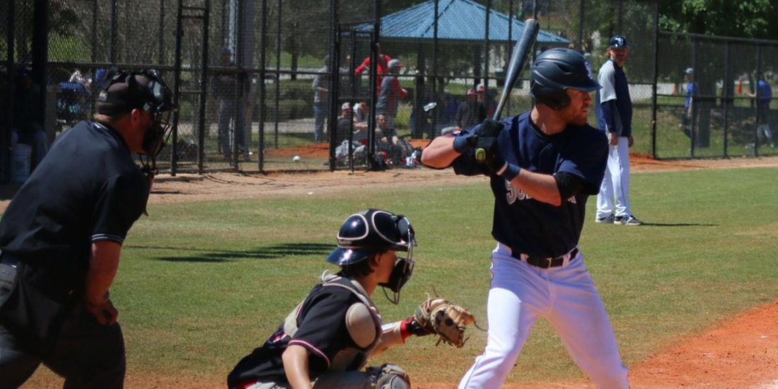 TCNJ Sweeps Baseball in Doubleheader