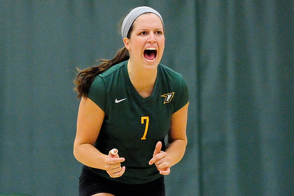 McShea records 27 kills in home finale
