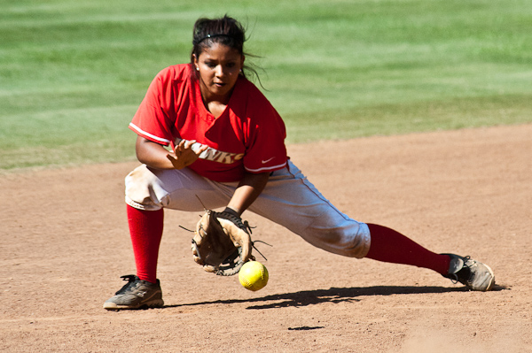 Huntingdon softball splits with Birmingham-Southern