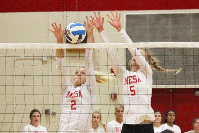 #12 Mesa Can't Finish Late, Drop Match to #4 Glendale, 3-2