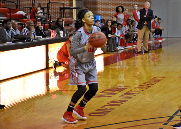 Keturah Billen had 13 points and seven rebounds in Saturday's loss to Greensboro.