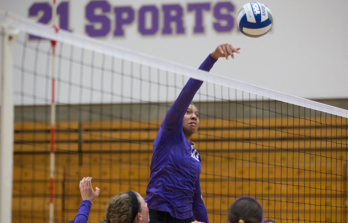Women's volleyball falls at Le Moyne during NE-10 road contest