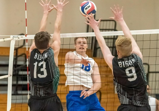 MEN'S VOLLEYBALL CLOSES WEST COAST SWING WITH 3-2 WIN OVER ST. JOHN FISHER