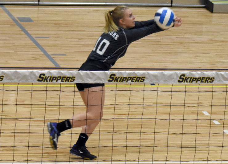 Mott sends Lakeland to NJCAA District E consolation with a sweep, 3-0