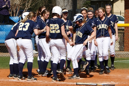 Lady 'Canes win at Albany State, 6-3