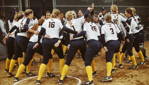 Ten Blugolds earn NFCA All-America Scholar-Athlete honors