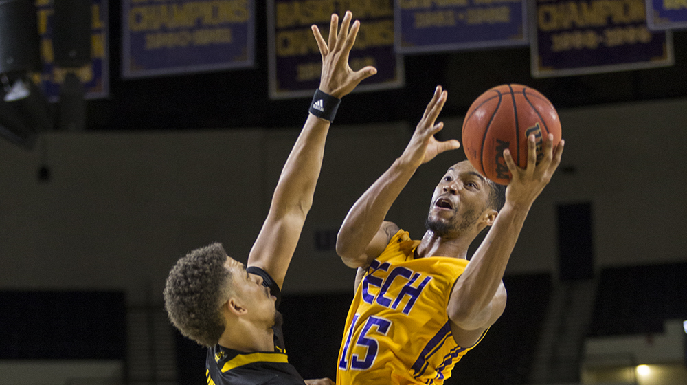 Phillips powers Tech to win over Kennesaw State