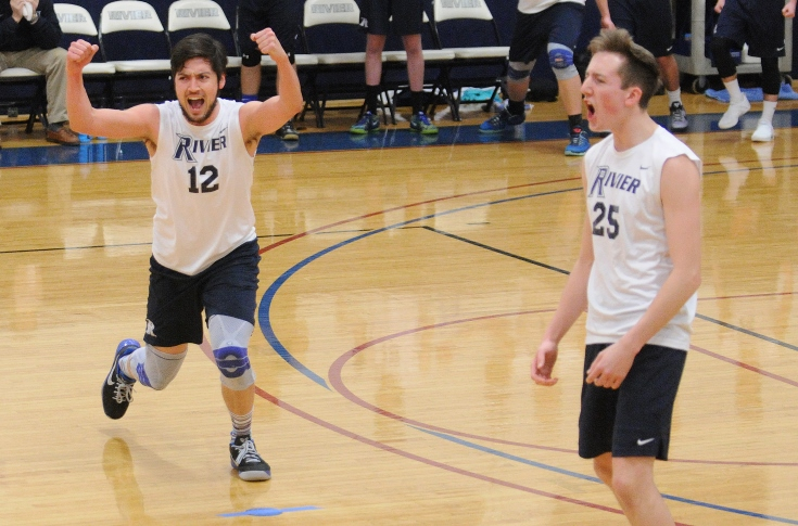 Men's Volleyball: Heckler, Smith lead Raiders past Elms in straight-sets