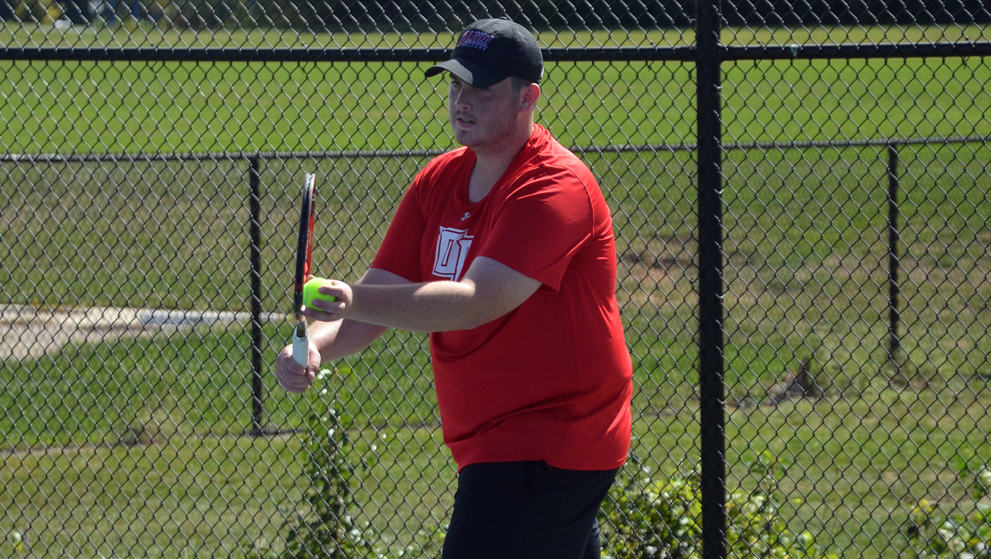 Men's tennis team shutout by Trine