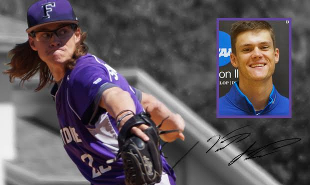 Fontbonne's Santarsiero Signs Deal With Los Angeles Dodgers
