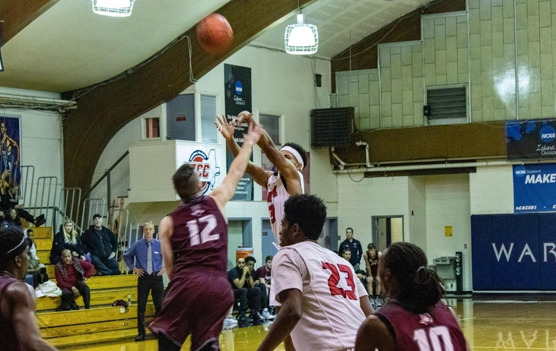 Men's Basketball Edged Out in Conference-Clash with Bloomfield Bears