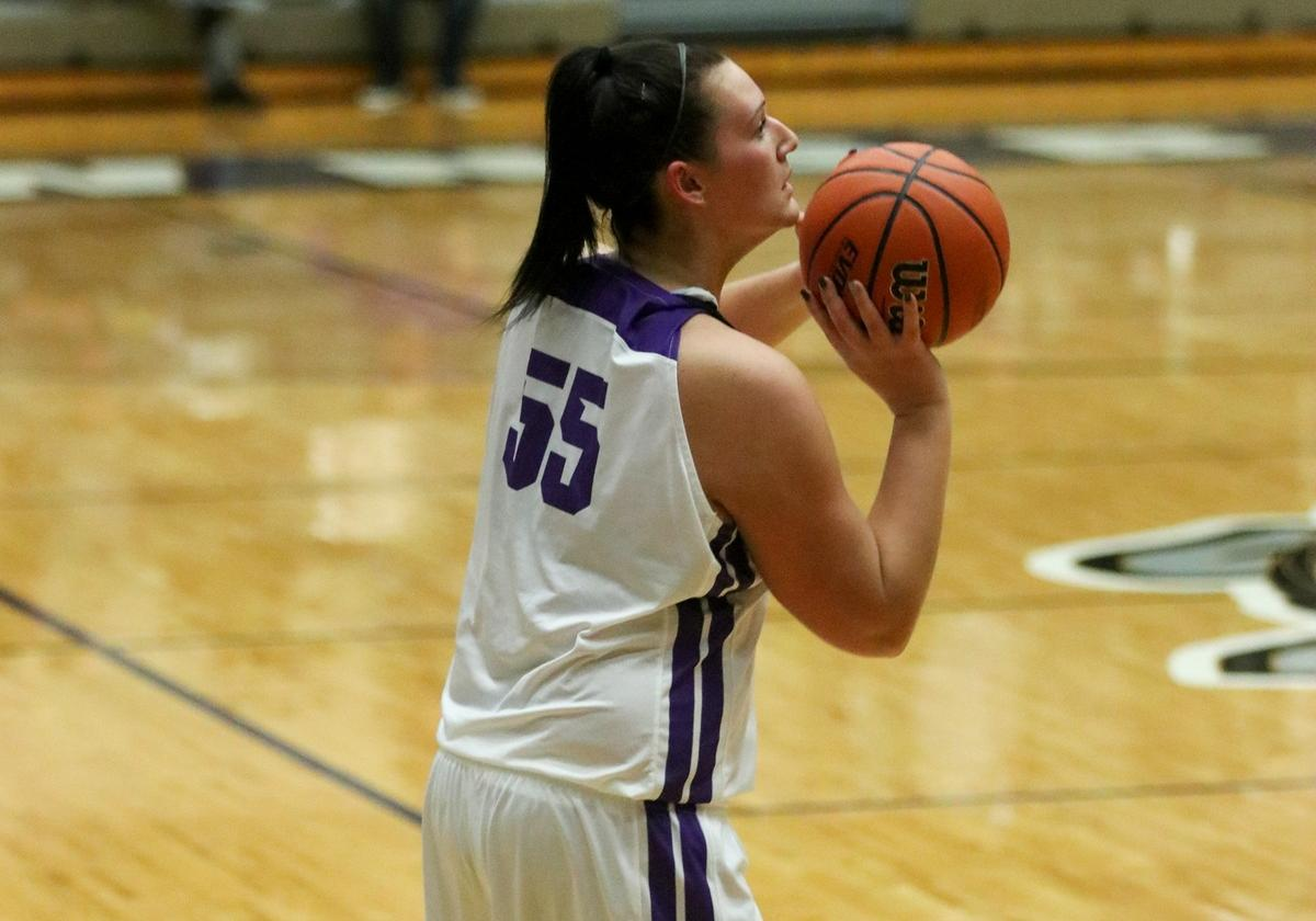 Lady Bulldogs Take Down Falcons
