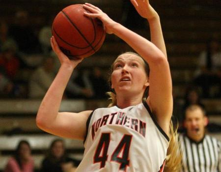 Yoder, Kimes lead Women's Basketball in OAC Tournament finals