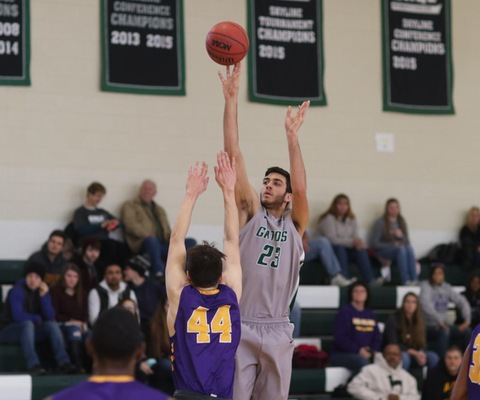 Lenehan and Amie lead Gators past Elmira, 98-72 for E8 Win