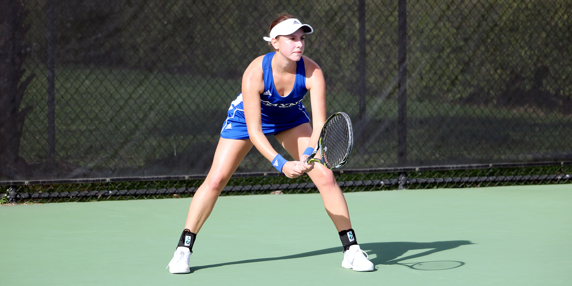 Women's Tennis Wins 10th Straight at FIT