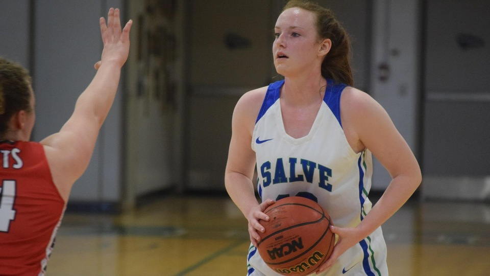 Mary Rorke scored 10 of her team-high 15 points in the second half as Salve Regina defeated Saint Lawrence, 63-54, in consolation game of Judy Pearson '85 Memorial Tournament hosted by Babson College (December 30-31, 2018). (Photo by Ed Habershaw)