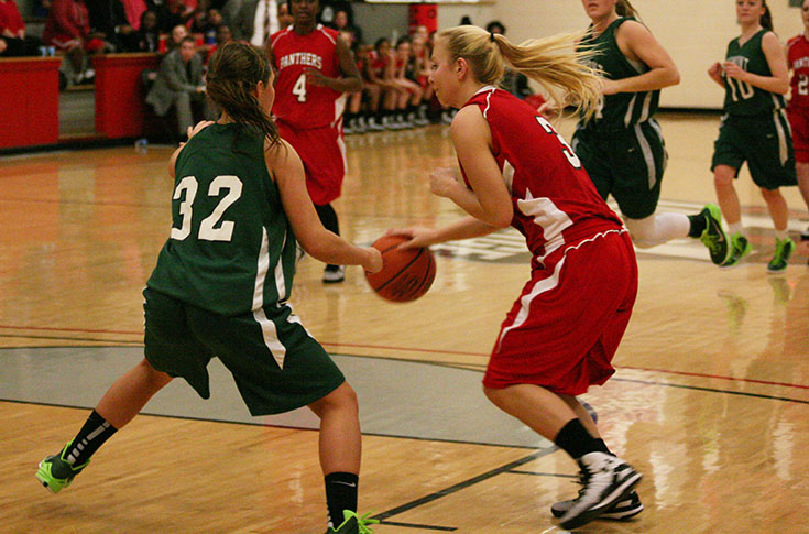 Women's Basketball: D3hoops.com features story on senior Madison Barker