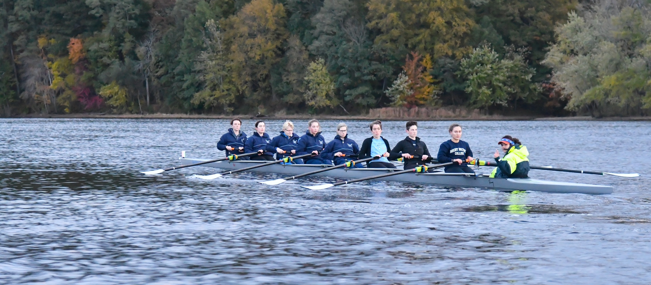 Rowing Has Impressive Showing at Head of the Riverfront