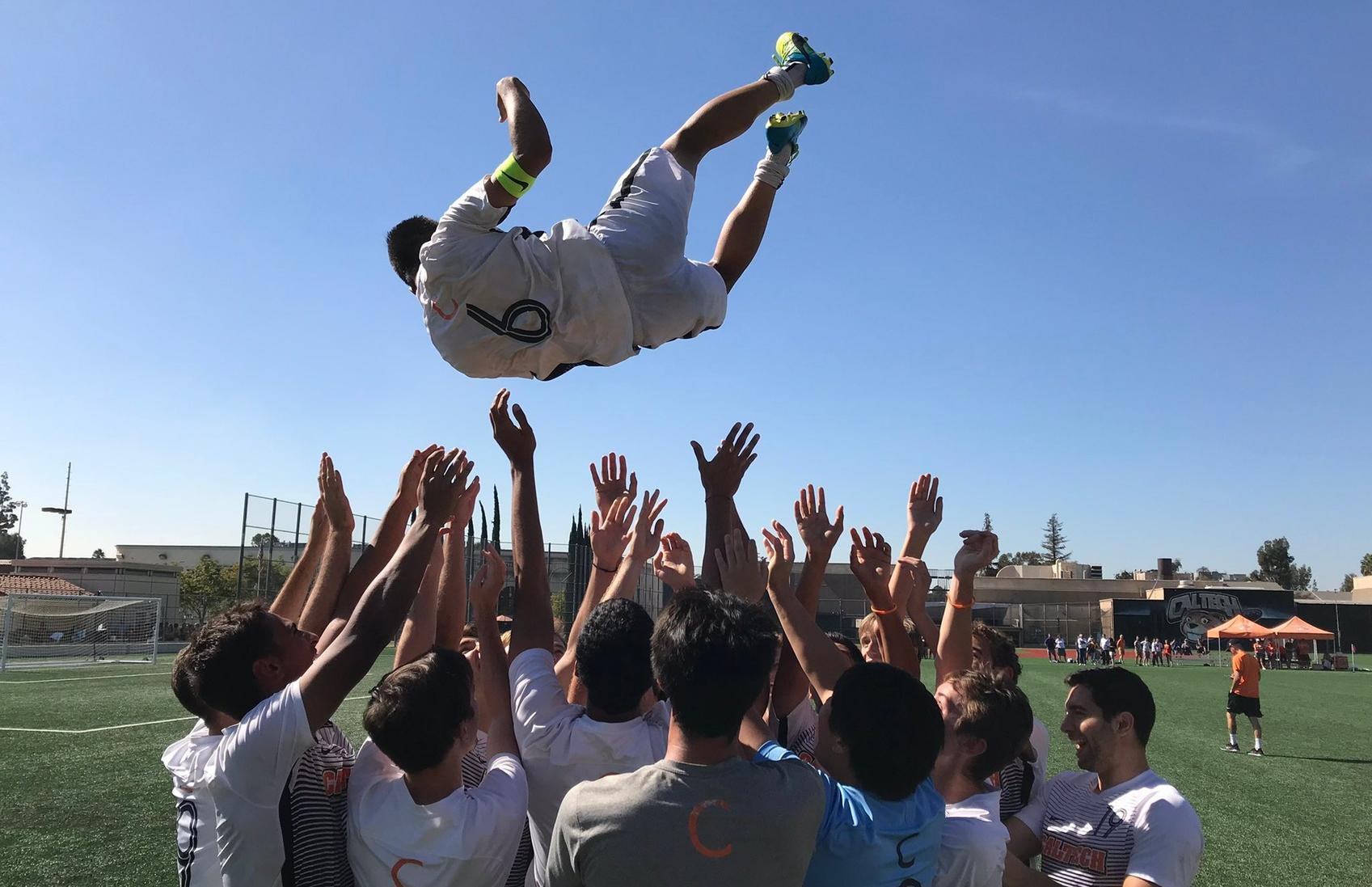 Men's Soccer Rallies for First SCIAC Win Since 2011