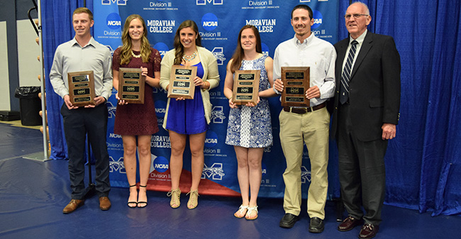 2018 Moravian Senior Award winners Tyler Smith, Lauren Bertucci, Josie Novak, Mary Kate Duncan, Nicholas Mazzella and Gillespie Award winner Ed Little.