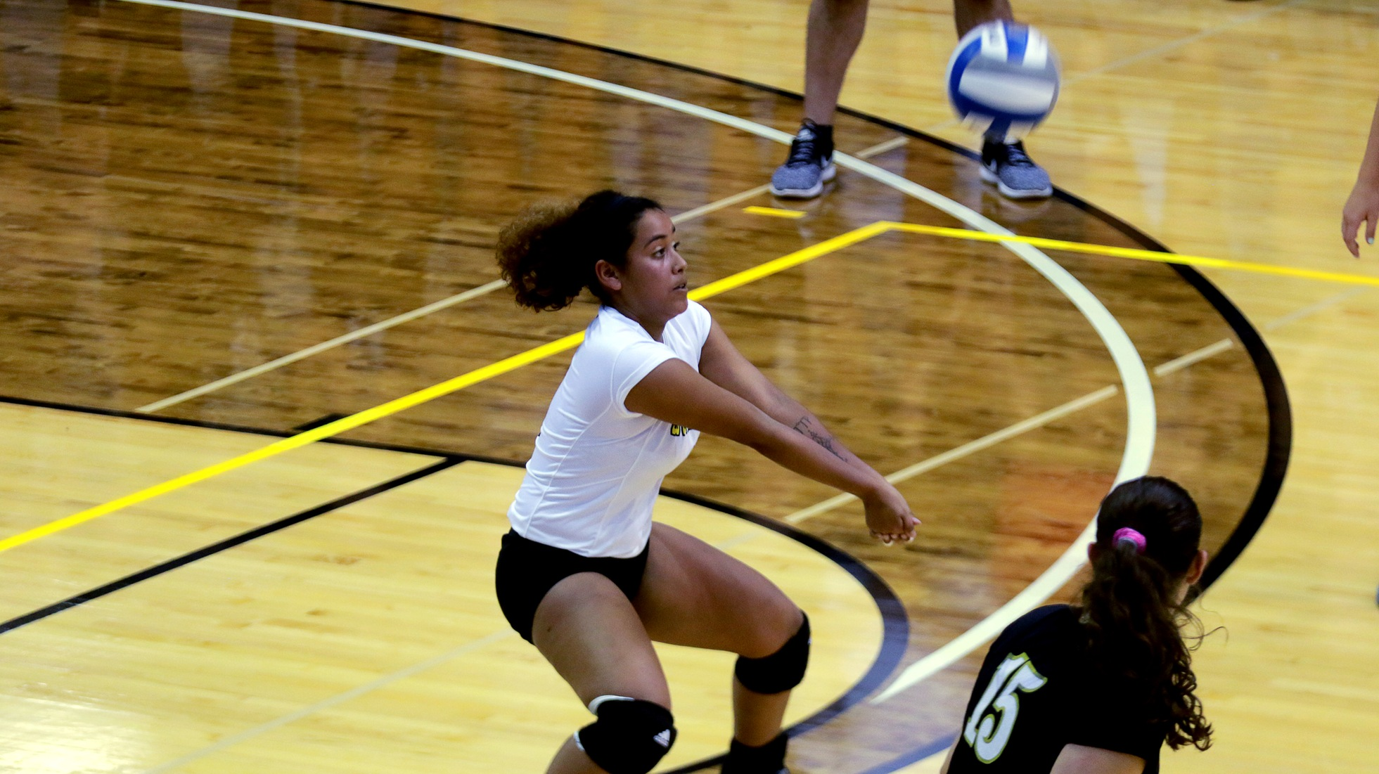 Volleyball Sweeps University Of Dallas In Three Sets