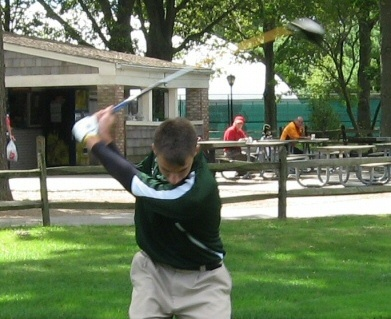 Livolsi's 72 Puts Farmingdale in Lead After Day One of Conference Championship