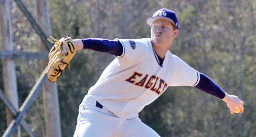 ETSU Buccaneers edge Tech, 6-5, with ninth inning rally