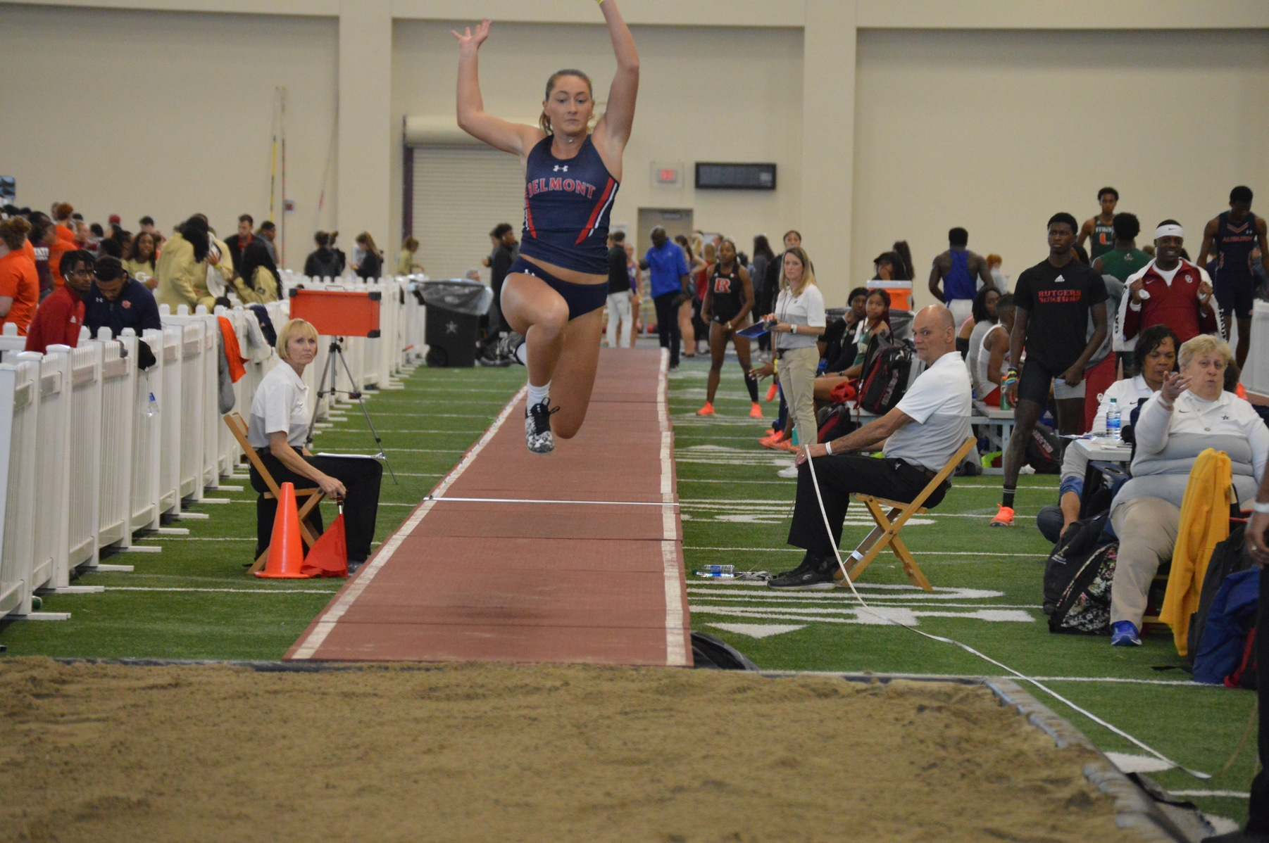 Women's Track and Field Splits Work Ahead of OVC Championship