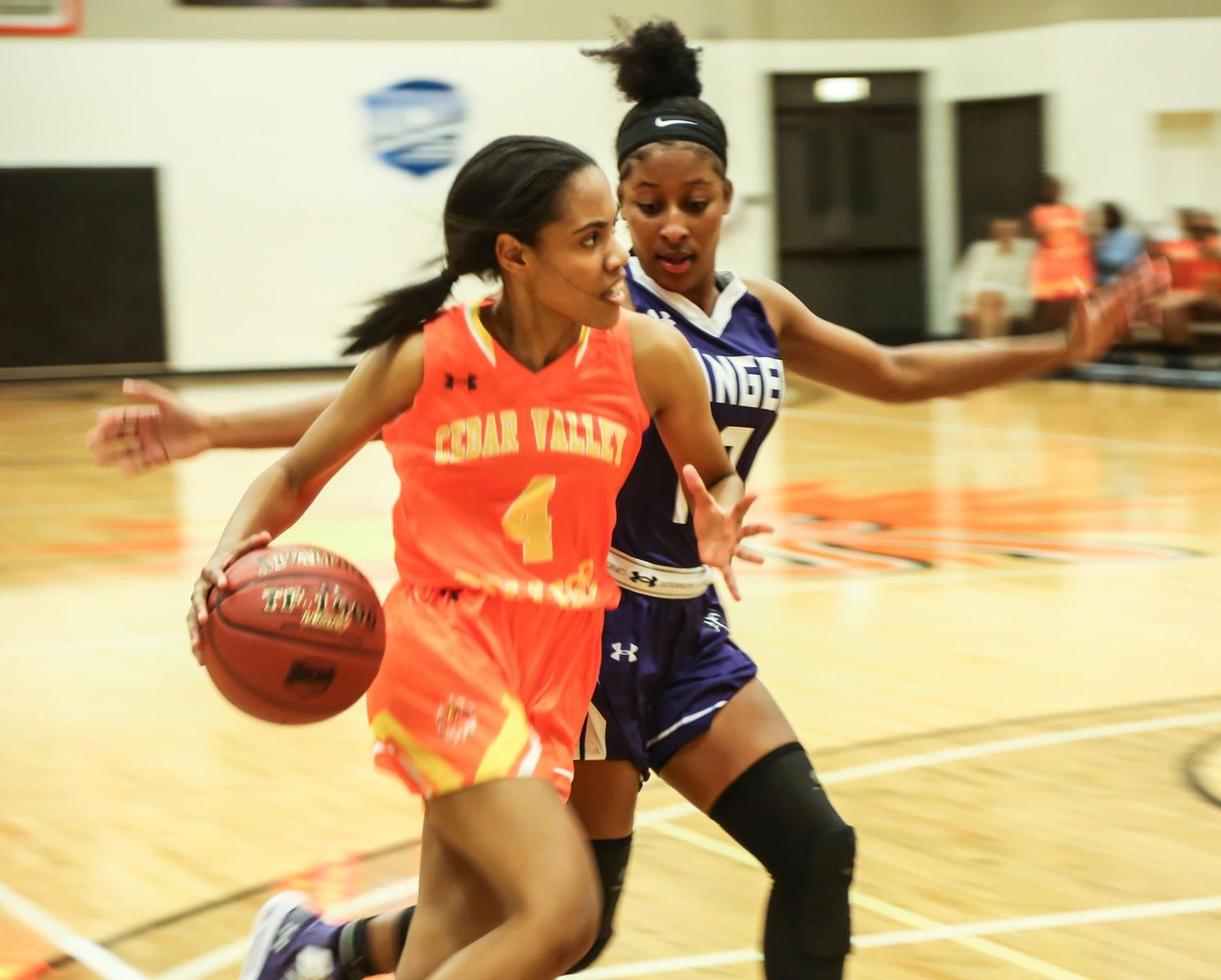Johnson, Rusk erupt for 44 points in Women's Basketball Rout of SWAU