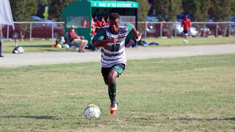 Richard Bland Opens Season With 4-0 Victory Past USC Lancaster