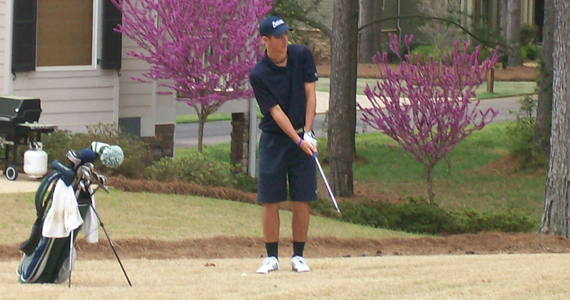 Golfer Young Claims Second Consecutive GC Athlete of the Week
