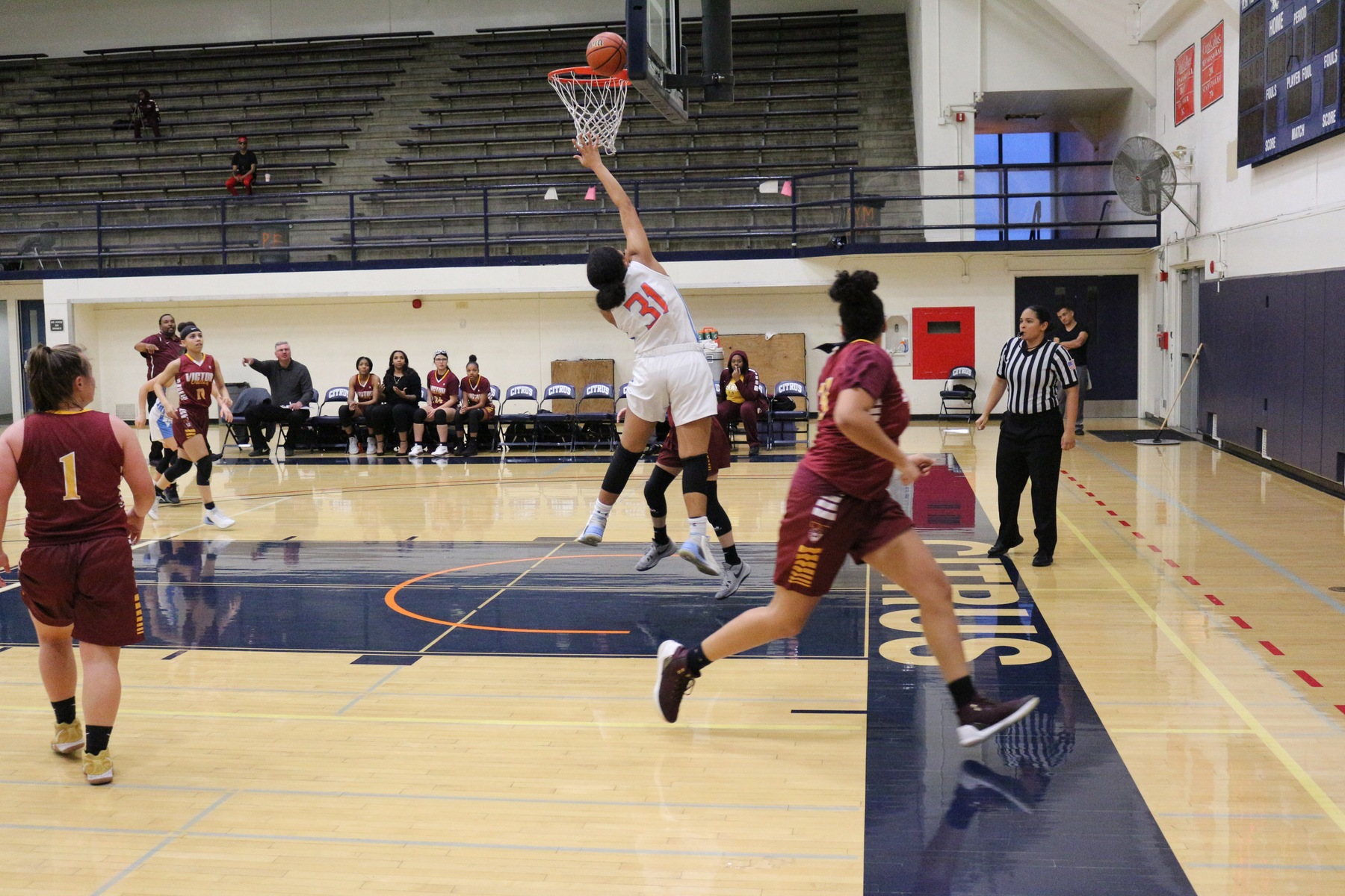 Kyannie Brown finishes the fast break with a layup. Image: Treyvon Watts-Hale