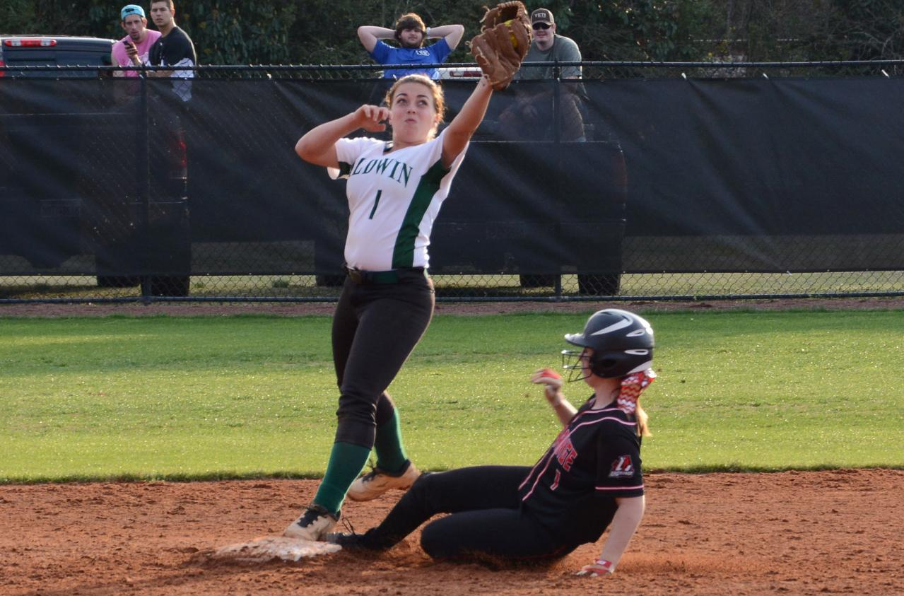 Softball: Newbern's grand slam powers Panthers past Mary Baldwin and split of doubleheader