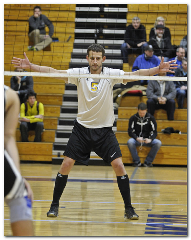Lions' men's volleyball team records two home wins in Charlie Wrublewski Invitational