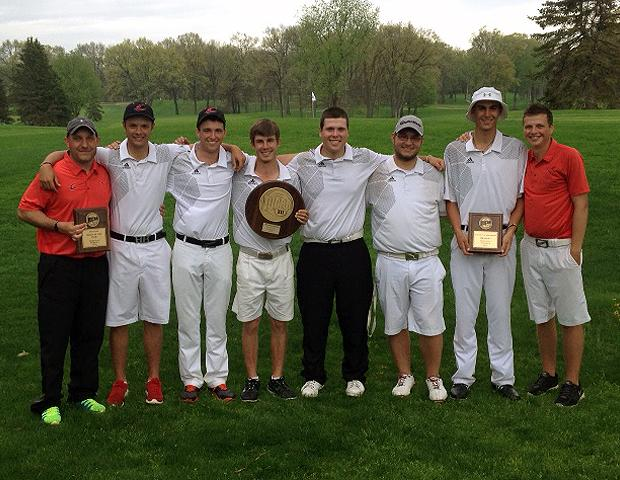 The No. 3 Owens men's golf team poses after winning their second straight Region XII championship. Photo by Rudy Yovich/Owens Sports Information