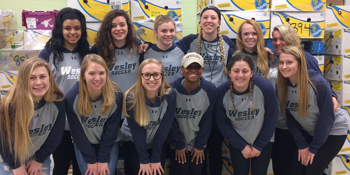 Women's soccer partners with Food Bank of Delaware