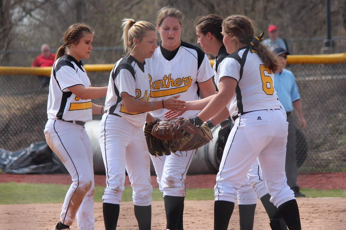 Softball Prepares To Host Saginaw Valley, Northwood In GLIAC Contests