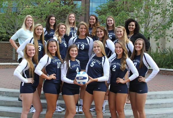 Women's Volleyball Opens Season with a Split
