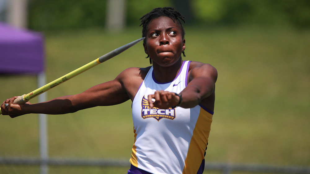 Roberts breaks heptathlon record, Sanga posts conference-leading 5K at Virginia Challenge