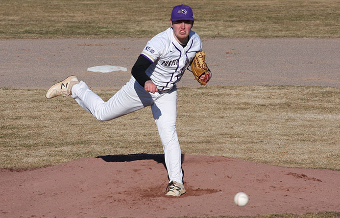 Baseball Loses in the Ninth to Colby-Sawyer, 5-4, in First Meeting