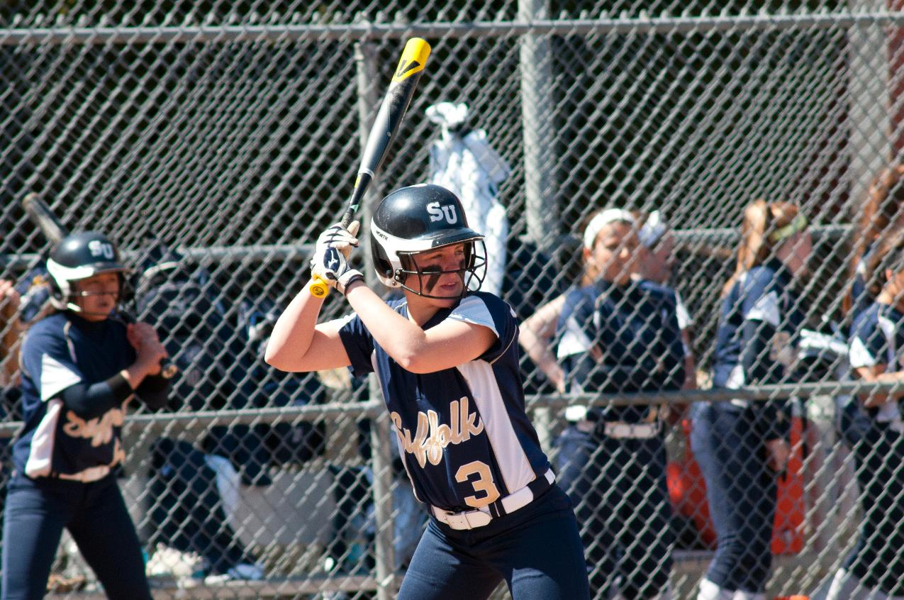 Softball Collects First Two Wins of the Season