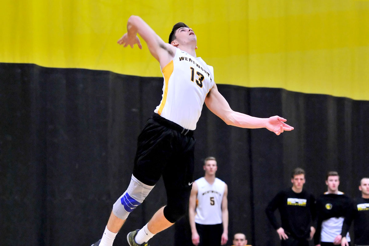 Men's Volleyball Knocks off Emmanuel, Eastern Nazarene in First Home Tri-Match